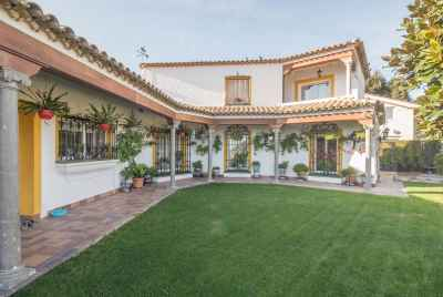 Exclusive villa on Maresme coast close to Barcelona